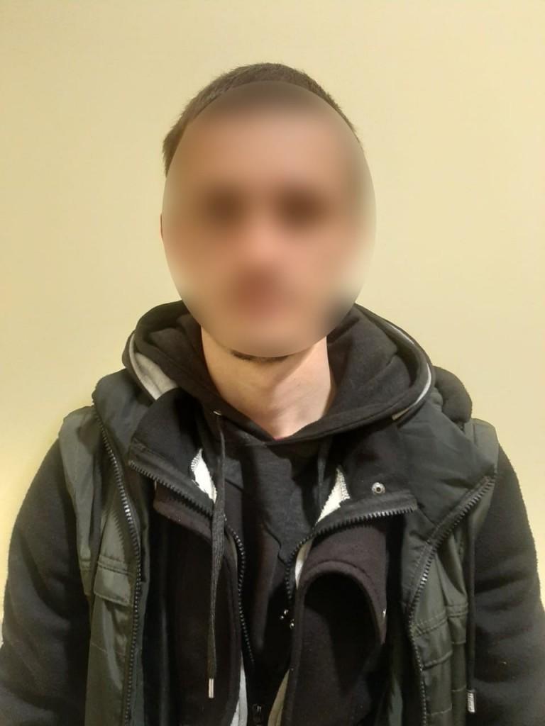 У Білій Церкві затримано молодика, який вирвав сумку з рук жінки та втік, фото-2