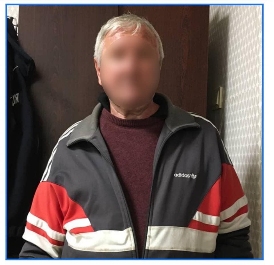 Чоловіка, який встромив ножа синові затримали поліцейські Білої Церкви, фото-3