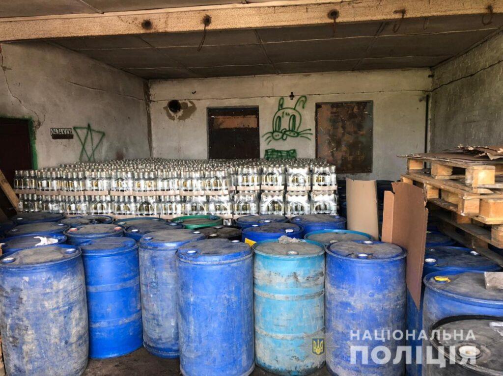 Угруповання виробників контрафактного алкоголю викрили у Білій Церкві, фото-4