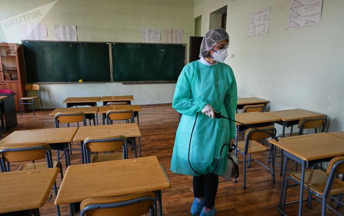 Дизінфекція в школах