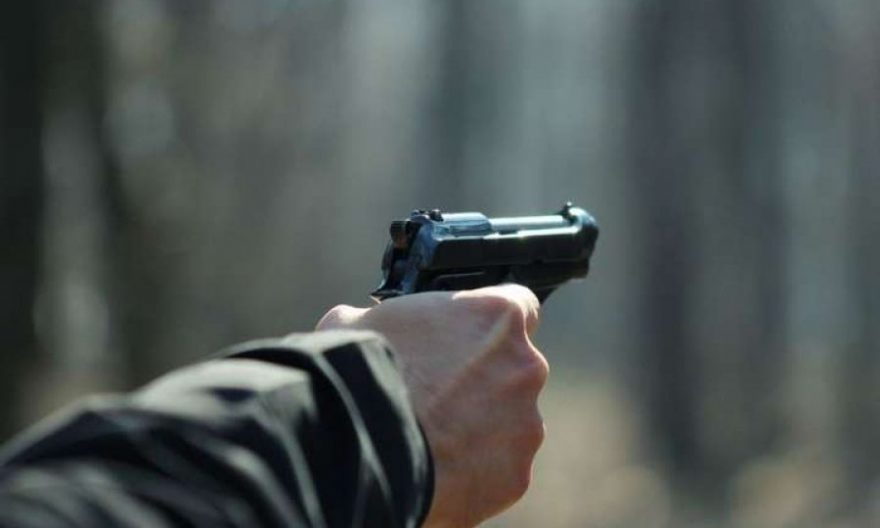 погрожував зрбоєю біла церква, погрожував пістолетом біла церква, погрожував пістолетом на леваневського